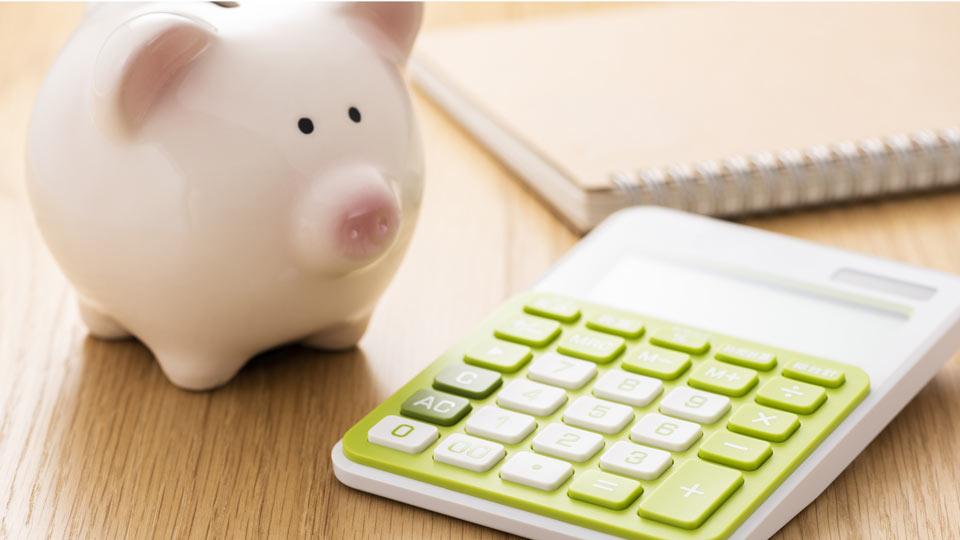 貯金箱と計算機