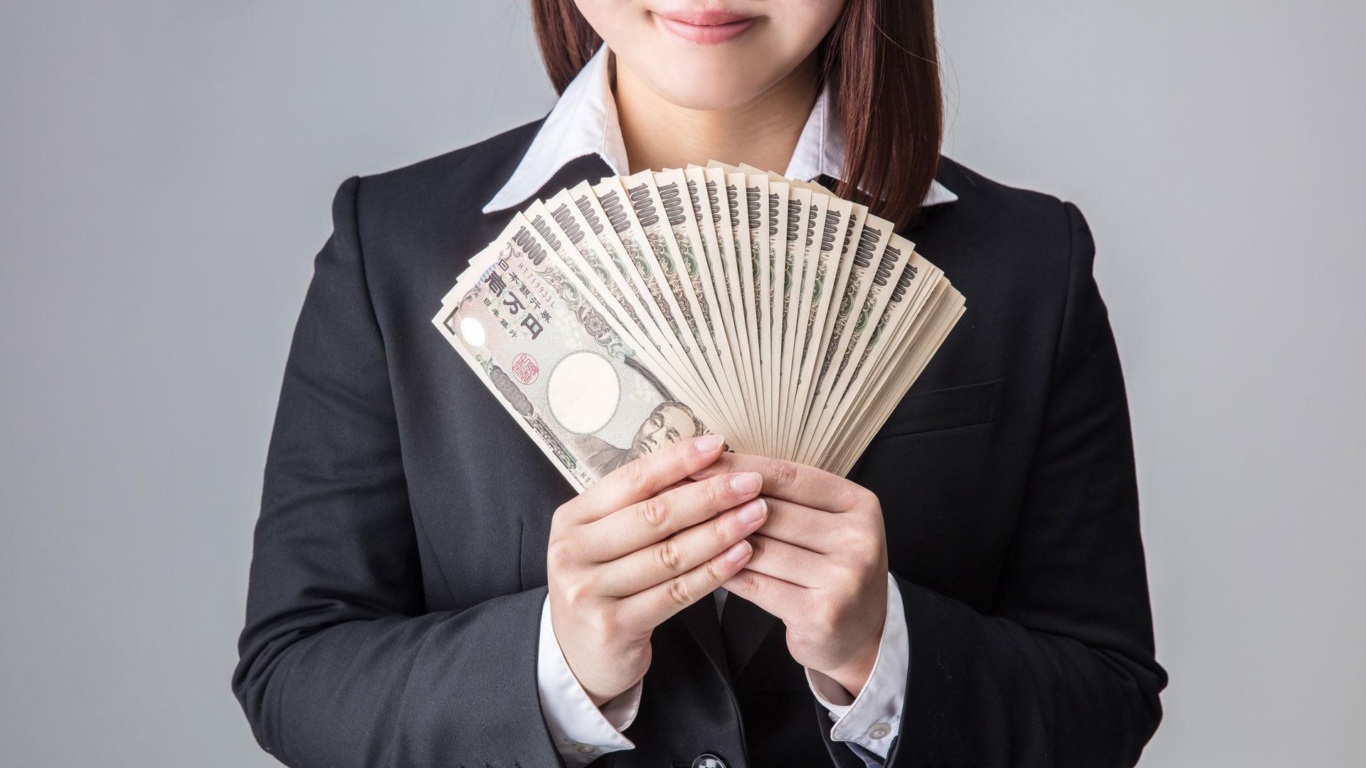 稼ぐ女性のイメージ